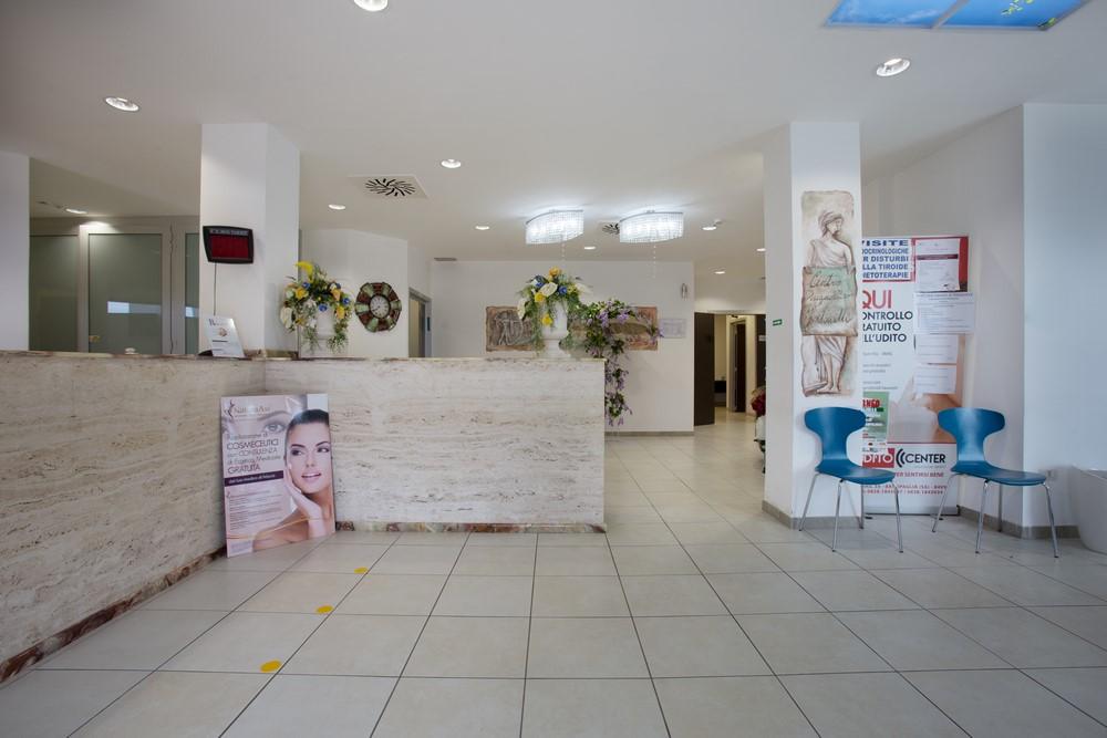 centro-martinelli-capaccio-reception-2